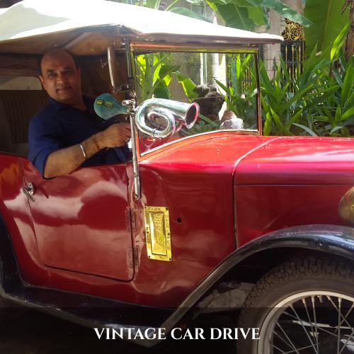 VINTAGE CAR DRIVE (1)