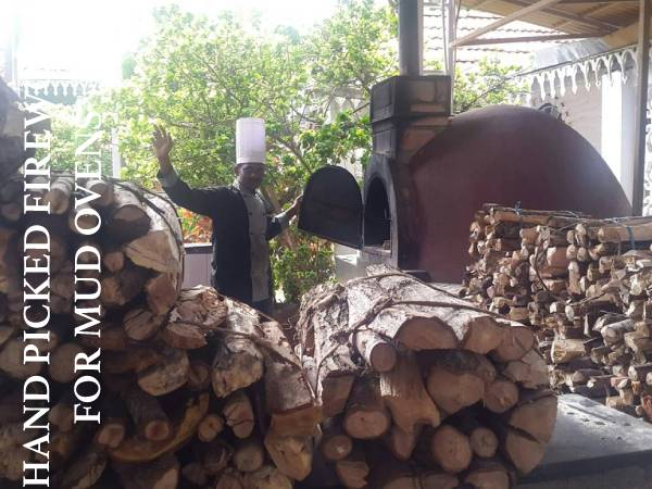 HAND PICKED FIREWOOD FOR MUD OVENS